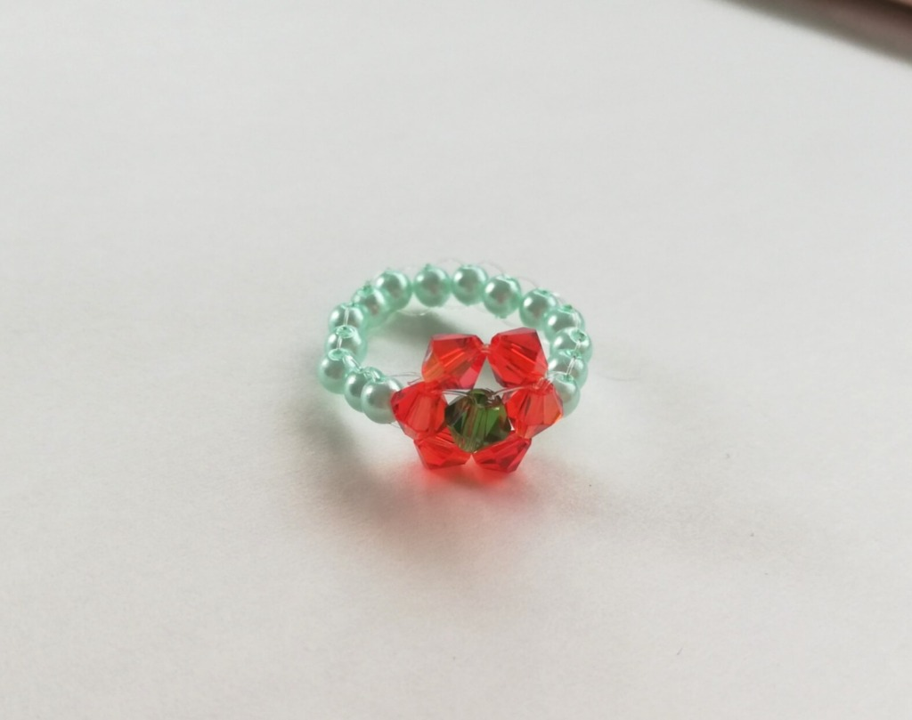 お花の指輪完成